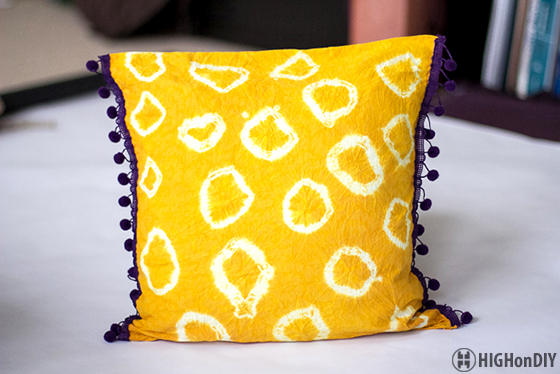 DIY_Natural_TieDye_Fabric_Pillow_2
