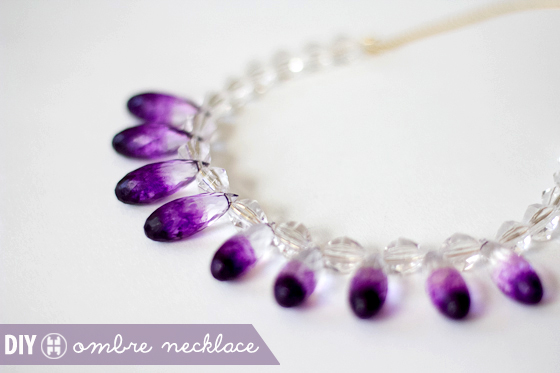 DIY_Ombre_Gradient_Clear_lucite_Jewelry_Necklace5